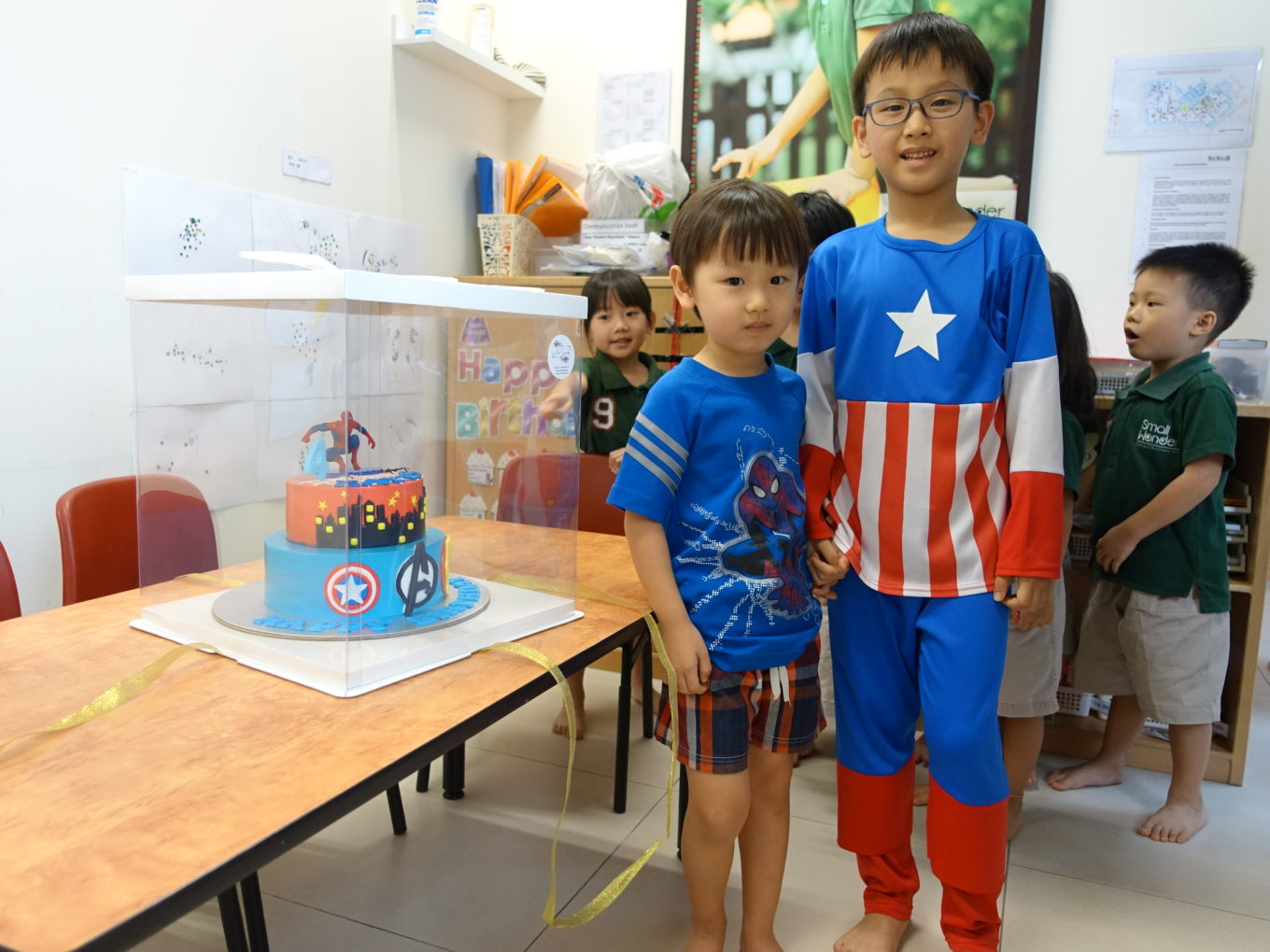 Cake From White Spatula For Rayes 4th Year Old Birthday Celebration Dr Kevin Men Sandals 97201 Brown Cokelat Muda 41 Kaiser Went Along With Me As Well To Celebrate Rayess He Too Was Super Thrilled The Is A Big Fan Of Avengers